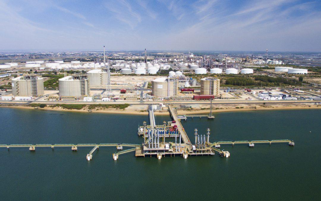 El Puerto de Huelva abastecerá al primer buque de suministro de gas natural licuado