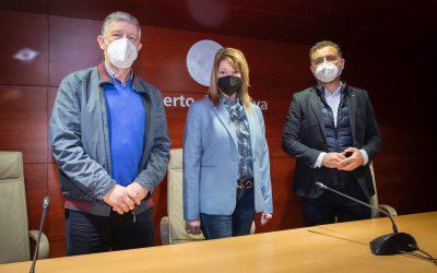 La presidenta de la Autoridad Portuaria de Huelva y los alcaldes de Palos y Moguer abordan temas de interés conjunto