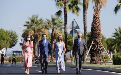 El presidente de la Junta de Andalucía preside la apertura a los ciudadanos de la Avenida Francisco Montenegro del Puerto de Huelva tras su remodelación