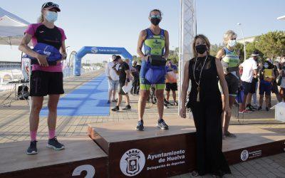 El Puerto de Huelva acoge con éxito de público y participación la competición del V TRIATLÓN OLIMPICO Huelva, Puerto del Descubrimiento