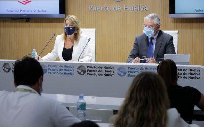 El Puerto de Huelva bate récord de tráfico de mercancías en los meses de julio y agosto, situándose como los mejores de la historia